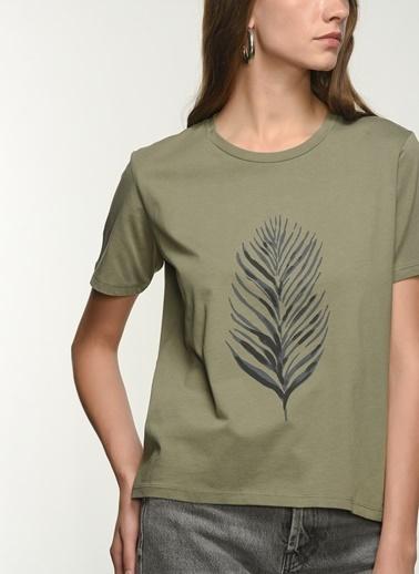 NGSTYLE Kadın Baskılı  Tişört NGKSS21TS0031 Haki